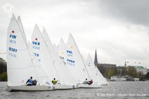 Bow no: 009 // Sail: POL 8404 // Skipper: Mateusz KUZNIEREWICZ // Crew: Dominik ZYCKI